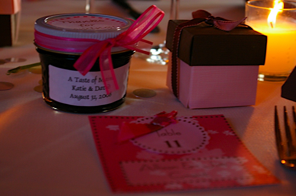 Wedding table favors